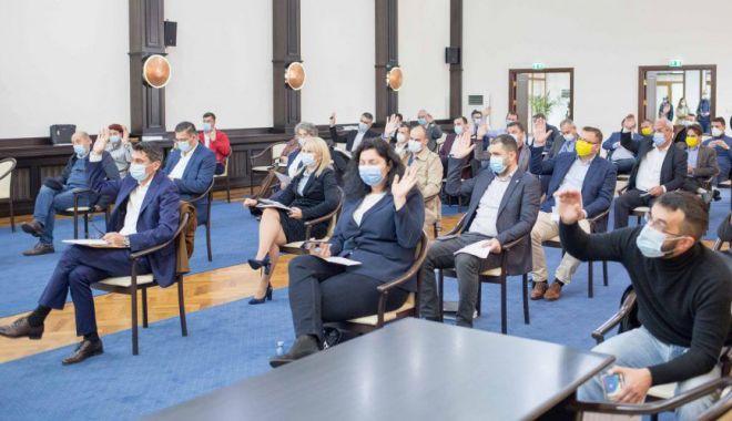 Ce averi declară consilierii judeţeni PRO România din Constanţa - fondcjcmandat2020-1606320362.jpg