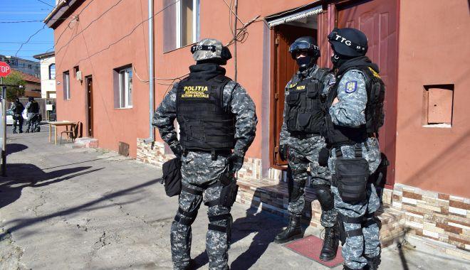 Foto: Polițiștii, pregătiți să intervină! Scandalurile cu interlopi, interzise pe litoral!