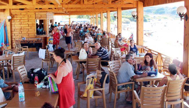 Foto: Operatorii din turism dau piept cu cea mai mare criză din ultimii 27 de ani. Cum se poate rezolva situația