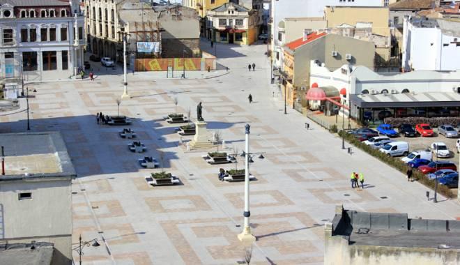 Peninsula, reabilitată pe bucățele. Accesul autovehiculelor, interzis pe mai multe străzi - fondcum1-1431452111.jpg