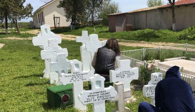 Troiță închinată eroilor din Primul Război Mondial, descoperită în cimitirul de la Vadu - fonderoicorbu2-1570651894.jpg