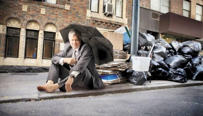 Foto: În luptă cu banca! Cum ne putem apăra împotriva executării silite a locuinței
