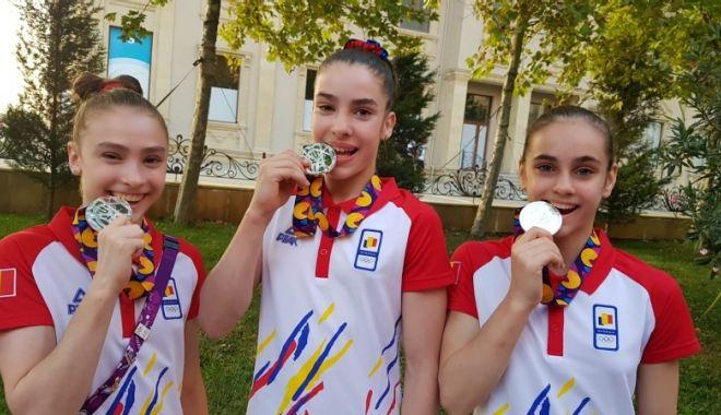 Constanţa are mai multe prezenţe în primele 10 gimnaste ale României în 2020 - fondgimnastica-1611759041.jpg