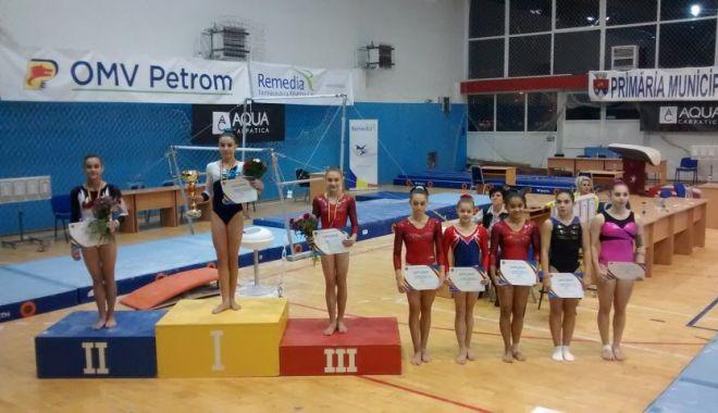 Gimnastica n-a depus armele! Spre Europene, via Naționale - fondgimnastica1-1572029975.jpg