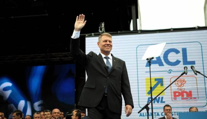 Foto: Klaus Iohannis este așteptat la Alba Iulia de 1 Decembrie