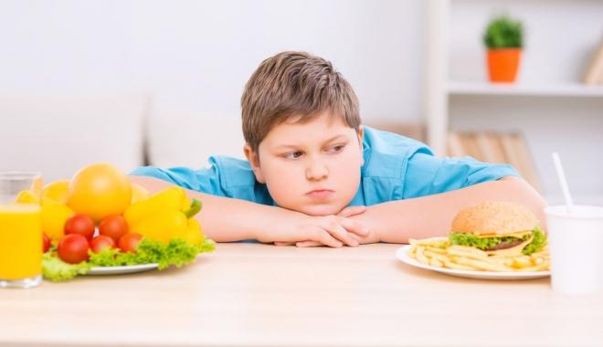 Foto: Cinci pași pentru tratarea obezității la copii