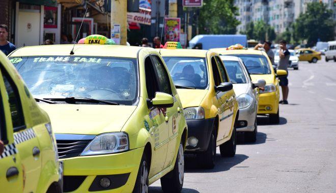 """Taximetriștii, îngenuncheați de COVID-19. Ce """"păsuire"""" le-a făcut autoritatea locală din Constanța - fondlicaneaguregulament-1614104397.jpg"""