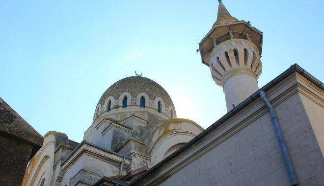 Foto: Moscheea Carol I are nevoie de reparații capitale. Va aloca Primăria Constanța fonduri?