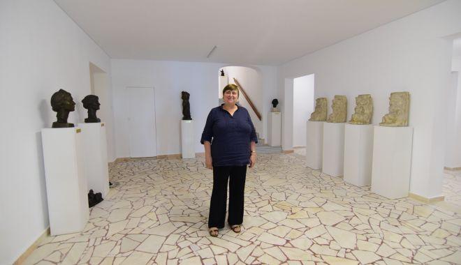 Investiţii la Muzeul de Artă. Bustul Reginei Maria, amplasat în piaţetă - fondmuzeuldoinapauleanu1-1603030025.jpg