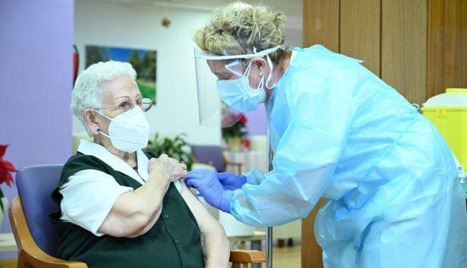 Veteranii și văduvele de război care vor să se vaccineze se pot înscrie la Centrul Militar Zonal - fondpensionari-1610571172.jpg