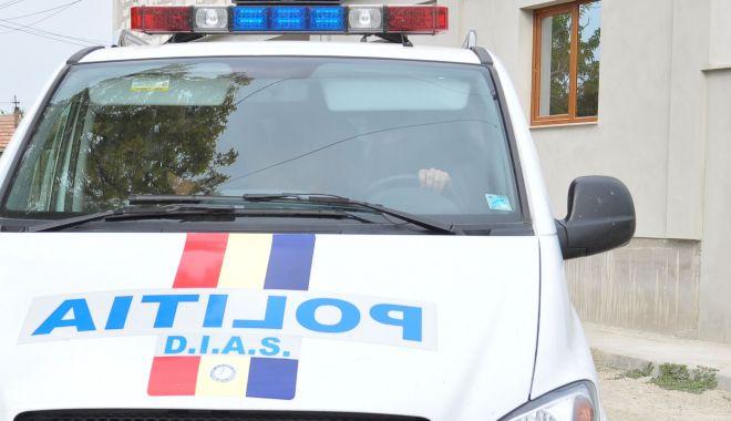 Ce sancțiuni au primit indivizii care au atacat polițiștii, în miez de noapte, la Hârșova - fondpolitistiharsova-1587573529.jpg