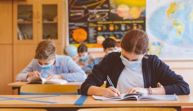 Cum se redactează lucrările de la Evaluarea Națională? Ministerul Educației vine cu precizări importante - fondprecizarievaluare-1623259472.jpg