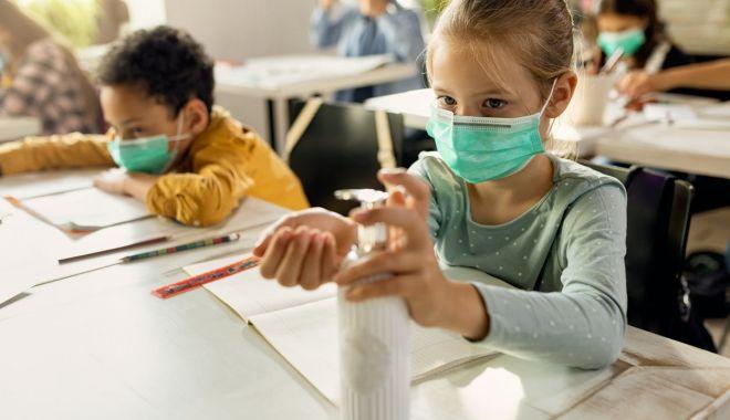 """Din nou la şcoală! """"Copiii vor fi testaţi doar în prezenţa părinţilor!"""" - fondprintprescolariisielevii1-1612710276.jpg"""