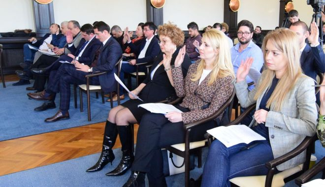 Foto: Consilierii locali se reunesc în prima ședință din acest an. Ce proiecte se vor discuta