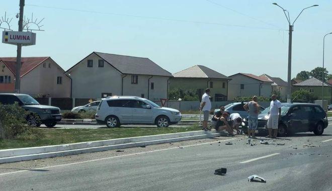 Foto: Intersecție periculoasă în județul Constanța. Localnicii vor un sens giratoriu, primarii o șosea!