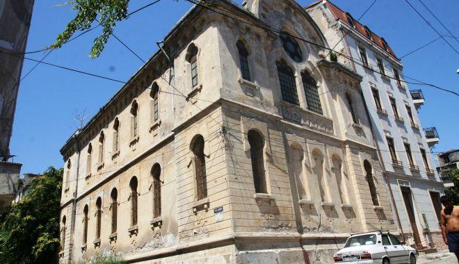 Foto: Sinagoga, urmărită de ghinion? De ce nu este declarată monument istoric!