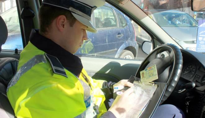 Când îți poate anula poliția rutieră permisul de conducere - fondsoferifarapermis1-1429027394.jpg