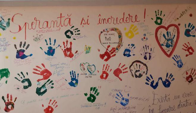 Foto: Mesaj inedit al cadrelor medicale din Spitalul Medgidia, în lupta cu COVID 19