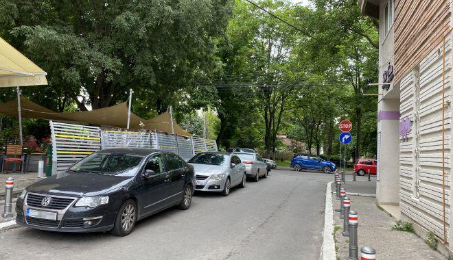 """Trafic de coşmar şi haos al parcărilor în cartierul Tomis II. """"Ne-au învrăjbit între noi!"""" - fondtraficdecosmar7-1624382058.jpg"""