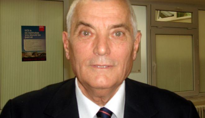S-a mai stins un magistru al educației constănțene. In Memoriam prof. Vasile Coman - fondvasilecoman-1633631392.jpg