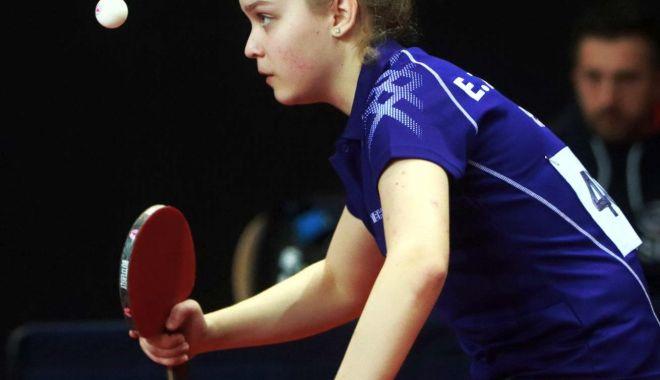 Forţa Constanţa! CS Farul a dominat Superliga feminină la tenis  de masă - forta-1603122898.jpg