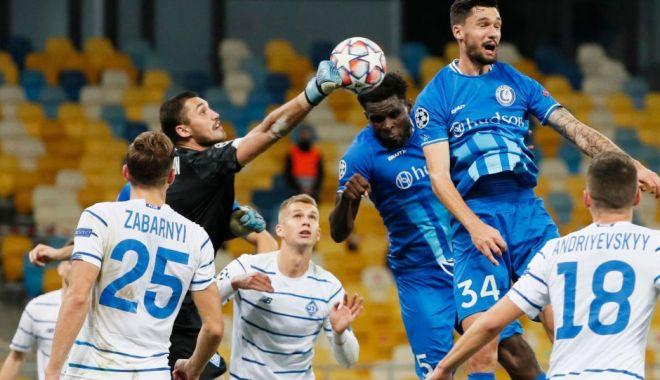 Mircea Lucescu a dus-o pe Dinamo Kiev în grupele Ligii Campionilor - fotbal1-1601451706.jpg