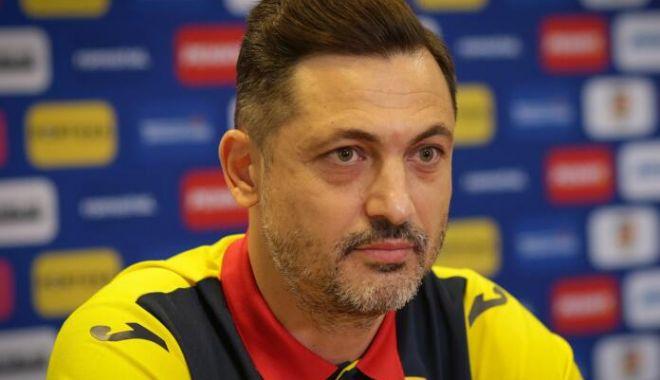 Fotbal, echipa naţională / Planurile lui Rădoi pentru amicalele cu Grecia şi Anglia - fotbalamicale-1620824585.jpg