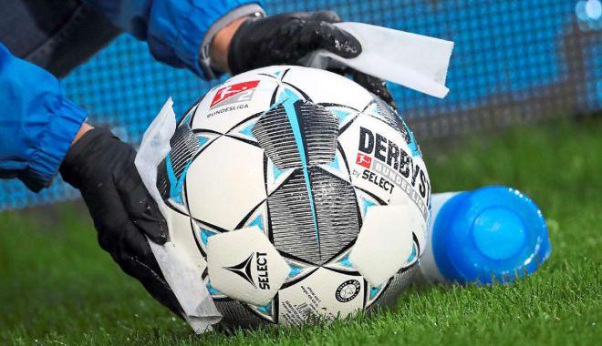 Fotbalul românesc, bulversat de pandemia Covid-19. Ultimele cazuri de infectare - fotbalcovid-1603380964.jpg