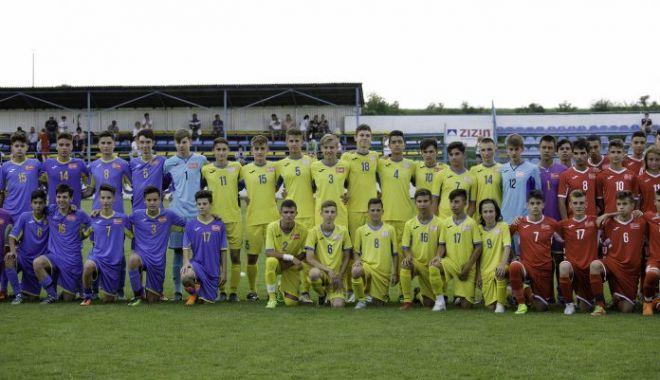 Fotbal / Stagiu de pregătire și selecție pentru naționala U15 a României - fotbaljuniori-1614790235.jpg