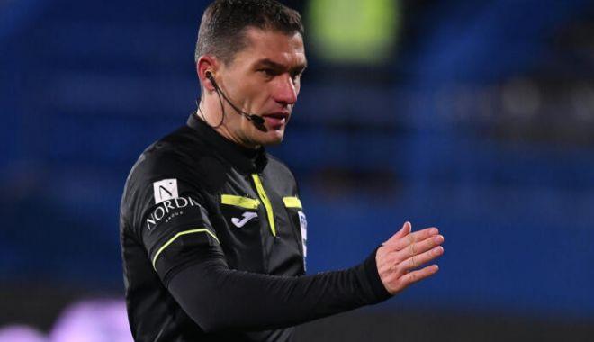 Fotbal / Istvan Kovacs arbitrează pe Manchester United în Europa League - fotbalkovacs-1618331746.jpg