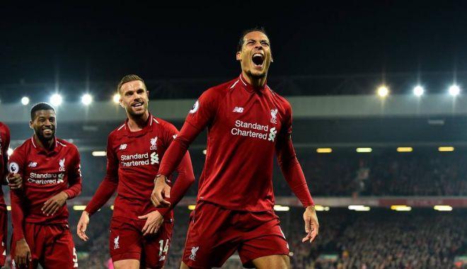 Foto: Lupta rămâne deschisă în Premier League. FC Liverpool și Man City merg umăr la umăr