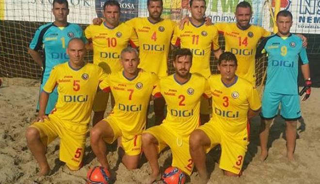 Fotbal pe plajă: România, victorie cu Ungaria, scor 5-2 într-un amical - fotbalpeplaja-1438943314.jpg