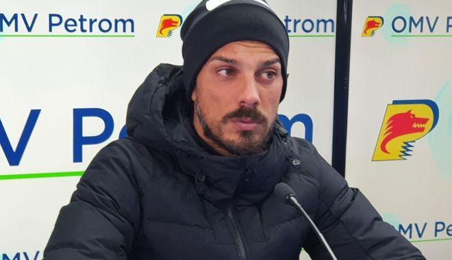 Fotbal / FC Viitorul s-a despărţit de managerul Ruben de la Barrera - fotbalruben-1606749303.jpg