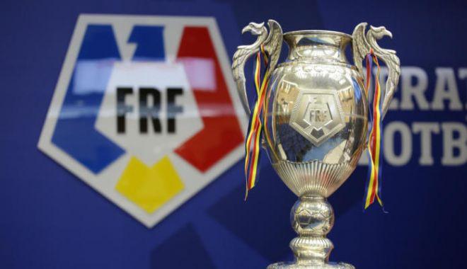 Fotbal / Astra - Dinamo şi U Craiova - Viitorul Pandurii, în semifinalele Cupei României - fotbalsemifinale-1615895638.jpg