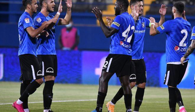 Fotbal / FC Viitorul, victorie în deplasare cu FC Voluntari - fotbalviitorul-1603182092.jpg