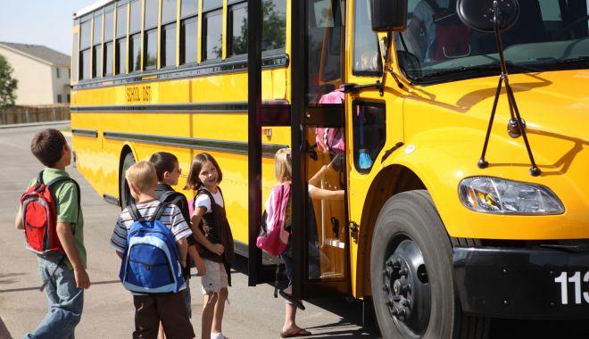 Premieră la Constanța! Transport școlar cu autobuzele CT Bus, pe trei trasee din municipiu - fotofondautobuzescolare-1580414557.jpg