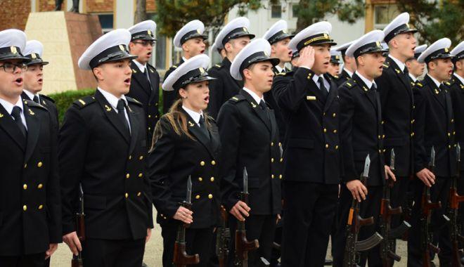 La Academie sau Universitate! Carieră militară pentru elevii constănțeni - fotofondcarieramilitara-1541691036.jpg