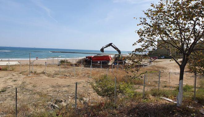 Construcţie fantomă, pe malul mării, în Faleză Nord - fotofondconstructiefantomafaleza-1602178964.jpg