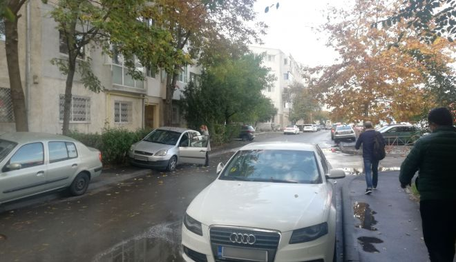 """Calvar în trafic, pe o stradă din Constanța. """"Vrem sens unic, altfel nu se mai poate!"""" - fotofondgarofiteisensunic1-1606157998.jpg"""