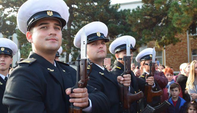 Vise împlinite! Legământ sacru pentru tinerii marinari militari - fotofondjuramant3-1571946123.jpg