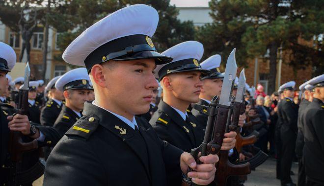 Vise împlinite! Legământ sacru pentru tinerii marinari militari - fotofondjuramant4-1571946221.jpg