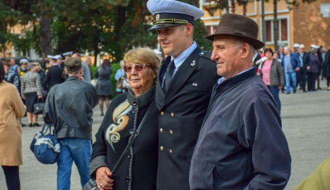 Vise împlinite! Legământ sacru pentru tinerii marinari militari - fotofondjuramant9-1571946358.jpg