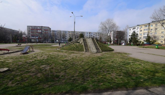 Vine, vine primăvara….Când vor fi gata locurile de joacă din Constanța? - fotofondlocuridejoaca2-1551041967.jpg