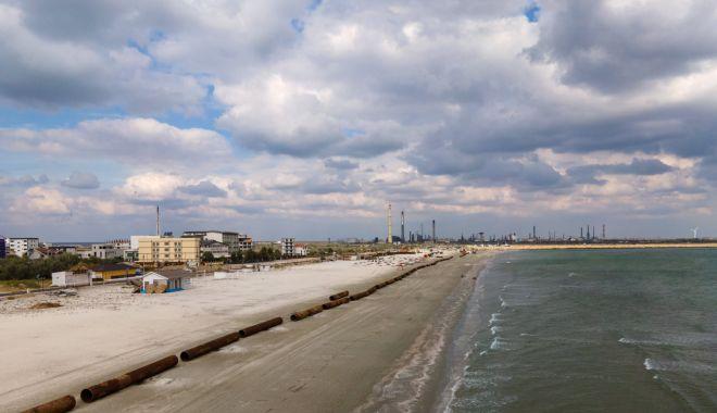 Renasc plajele. Lucrări de înnisipare şi diguri noi, pe litoral - fotofondlucrariplaje2-1601830041.jpg