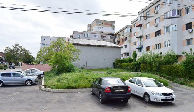Trist. Constanța, orașul în care parcările devin… supermarketuri! - fotofondparcari2-1563204071.jpg