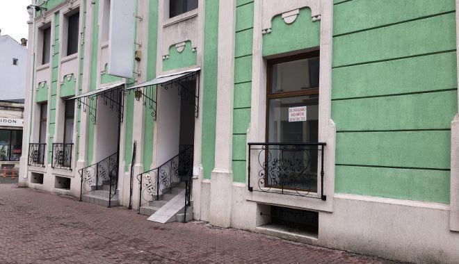 Case abandonate, afaceri ruinate, circul foamei - în buricul târgului - fotofondstradastefancelmare12-1548353992.jpg