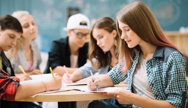 Foto: Târg de universități în străinătate, pentru elevii constănțeni