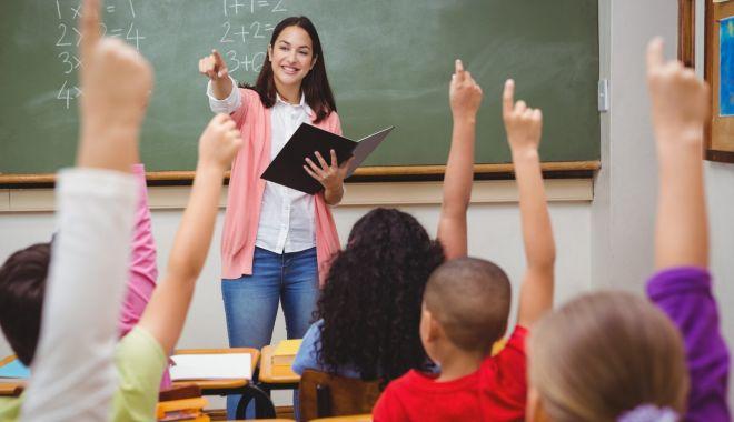 Foto: Paradoxul din învățământul constănțean: posturi multe, dar rezervate, candidați puțini