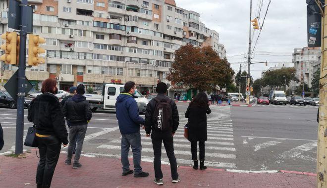 """Necazuri în traficul din Constanța: """"Facem curse contra cronometru pe trecerile de pietoni!"""" - fotofondtreceridepietoni6-1605209642.jpg"""