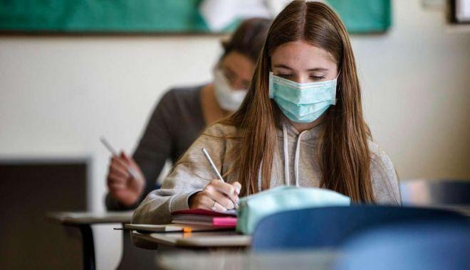"""""""Unităţile de învăţământ devin bombe epidemiologice!"""". Ce solicitări au profesorii"""